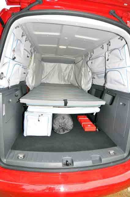 pin cama vw caddy tramper on pinterest. Black Bedroom Furniture Sets. Home Design Ideas