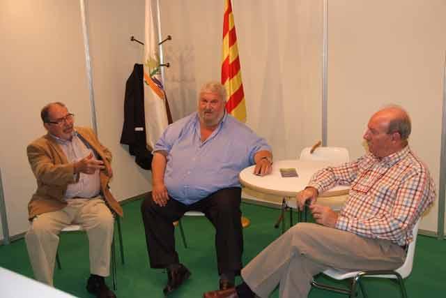 Carlos Vidal con Ferran Bernad a la derecha y Rafael Bonada a la izquierda.