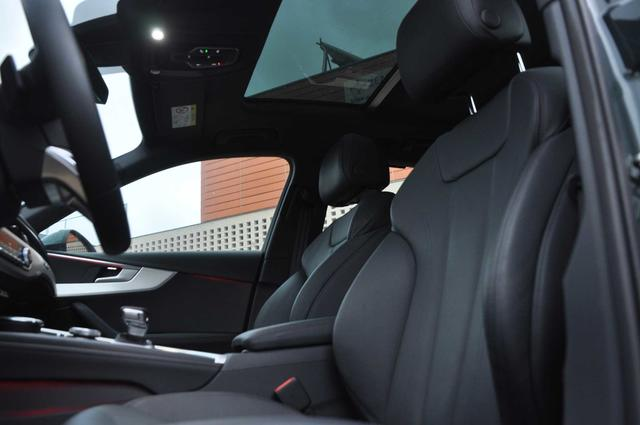 Sus asientos destacan por el nivel de confort pero también por su diseño.