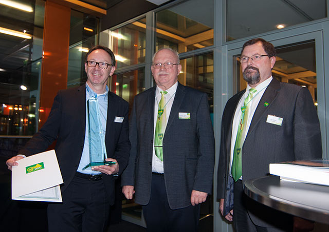 Christian Baüer recogió el reconocimiento en representación del fabricante Hymer
