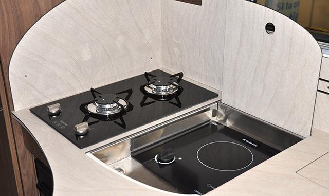 Tenemos opción de cocinar con quemador o bien vitrocerámica