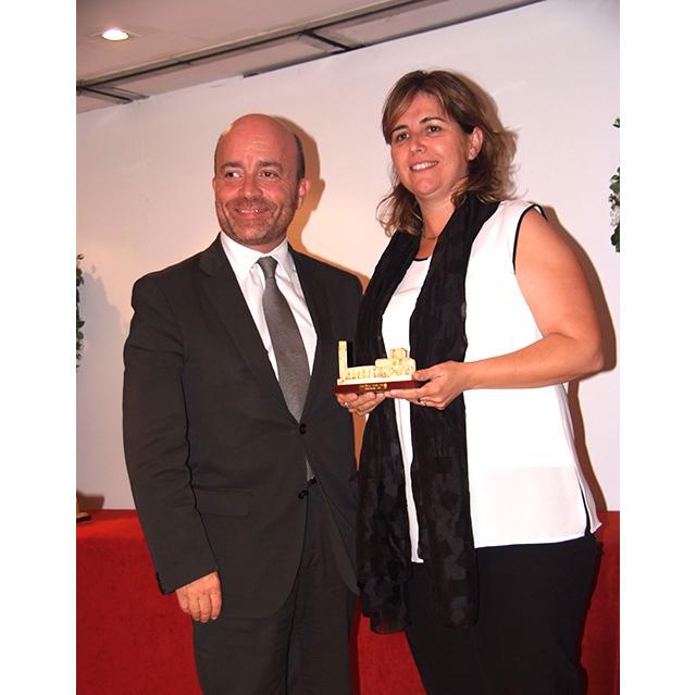 Patrick Torrent de la Agencia Catalana de Turisme entregó el premio a Berta Cabré