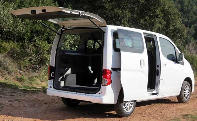 nissan nv200 evalia. Black Bedroom Furniture Sets. Home Design Ideas