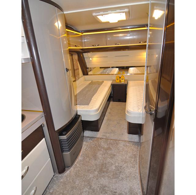 Camas gemelas en la caravana Hobby Premium 560 UL