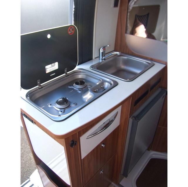 Cocina con esquinas redondeadas, la foto es de un V540G