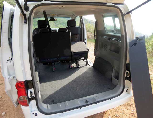 nissan nv200 evalia encaravana. Black Bedroom Furniture Sets. Home Design Ideas